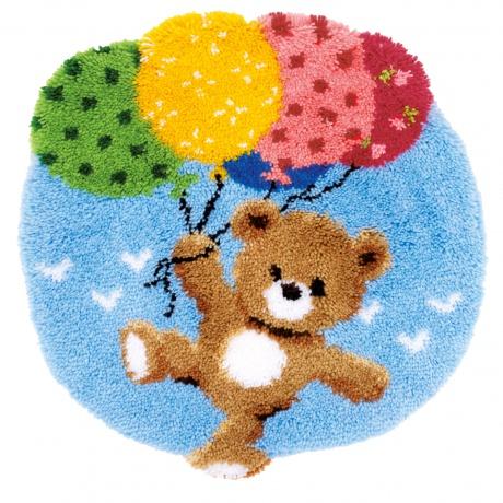 Tapis modelé au point noué ourson avec ballons