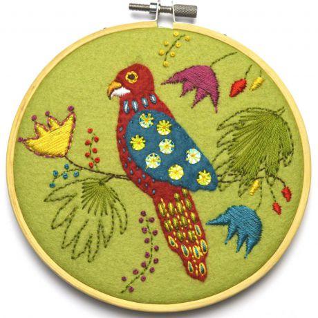 Kit tambour appliqué perroquet