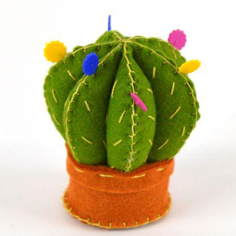 Mini kit feutrine cactus coussin à épingles